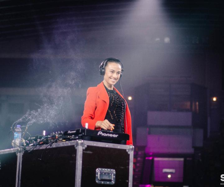 DJ Nana во время проведения ЛОБ2019